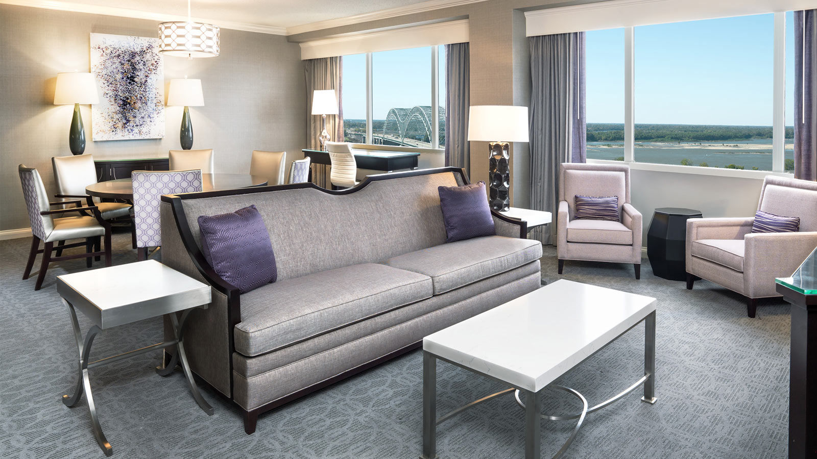 Sheraton Memphis Downtown | Suites